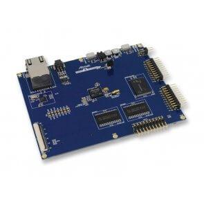 Kit de evaluare, Xplained Pro, SAM4E MCU, butoane mecanice, CAN 2.0, interfață USB