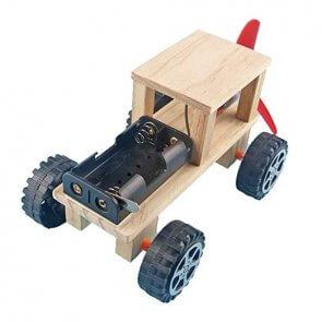 Mașină de lemn DIY